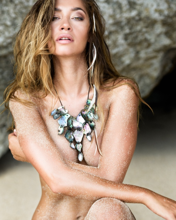 Libby pool Jewelry Campaing in Bali Photo by Dave Blake